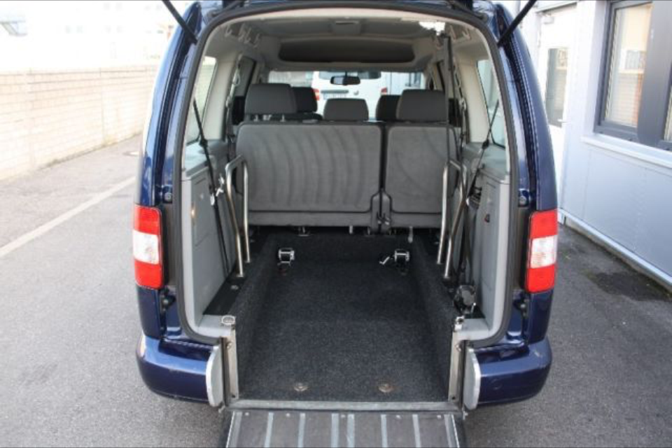 VW Caddy Maxi 1,9 TDI Dark Blue